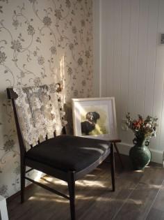 4.白いペンキ塗りの壁はどことなく懐かしい
